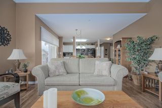 """Photo 6: 406 45520 KNIGHT Road in Sardis: Sardis West Vedder Rd Condo for sale in """"Morningside"""" : MLS®# R2439105"""