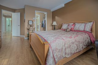 """Photo 12: 406 45520 KNIGHT Road in Sardis: Sardis West Vedder Rd Condo for sale in """"Morningside"""" : MLS®# R2439105"""