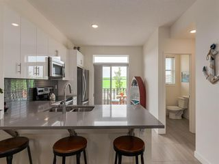Photo 4: 55 Walden Path SE in Calgary: Walden Row/Townhouse for sale : MLS®# A1016717