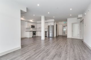 """Photo 4: 313 2436 KELLY Avenue in Port Coquitlam: Central Pt Coquitlam Condo for sale in """"LUMIERE"""" : MLS®# R2528255"""