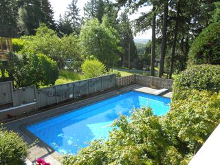 Photo 10: 5856 KEITH ST in Burnaby: South Slope House for sale (Burnaby South)  : MLS®# V896112