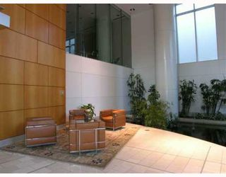 """Photo 3: 505 1288 ALBERNI Street in Vancouver: West End VW Condo for sale in """"THE PALISADES"""" (Vancouver West)  : MLS®# V660969"""