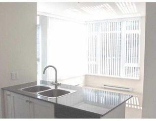 """Photo 4: 506 480 ROBSON Street in Vancouver: Downtown VW Condo for sale in """"R & R"""" (Vancouver West)  : MLS®# V678894"""