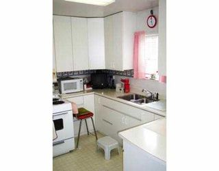 "Photo 3: 2951 VICTORIA DR in Vancouver: Grandview VE House for sale in ""GRANDVIEW"" (Vancouver East)  : MLS®# V555483"