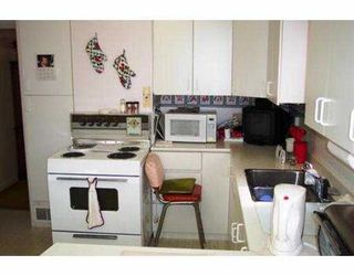 "Photo 4: 2951 VICTORIA DR in Vancouver: Grandview VE House for sale in ""GRANDVIEW"" (Vancouver East)  : MLS®# V555483"