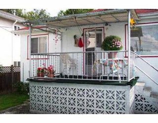 "Photo 2: 2951 VICTORIA DR in Vancouver: Grandview VE House for sale in ""GRANDVIEW"" (Vancouver East)  : MLS®# V555483"