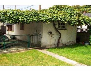 "Photo 7: 2951 VICTORIA DR in Vancouver: Grandview VE House for sale in ""GRANDVIEW"" (Vancouver East)  : MLS®# V555483"
