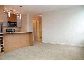 """Photo 3: 909 MAINLAND Street in Vancouver: Downtown VW Condo for sale in """"YALETOWN PARK"""" (Vancouver West)  : MLS®# V633286"""