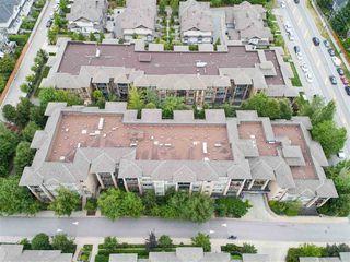 "Photo 20: 311 8717 160 Street in Surrey: Fleetwood Tynehead Condo for sale in ""Vernazza"" : MLS®# R2388325"