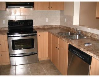"Photo 5: 33165 2ND Ave in Mission: Mission BC Condo for sale in ""Mission Manor"" : MLS®# F2704436"