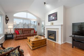 "Photo 3: 307 501 COCHRANE Avenue in Coquitlam: Coquitlam West Condo for sale in ""GARDEN TERRACE"" : MLS®# R2420594"