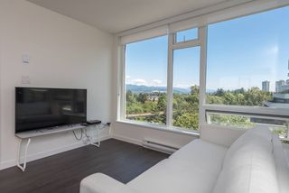 "Photo 2: 1008 5665 BOUNDARY Road in Vancouver: Collingwood VE Condo for sale in ""Wall Centre Central Park"" (Vancouver East)  : MLS®# R2481202"