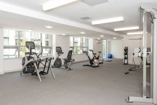 "Photo 14: 1008 5665 BOUNDARY Road in Vancouver: Collingwood VE Condo for sale in ""Wall Centre Central Park"" (Vancouver East)  : MLS®# R2481202"