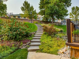 Photo 36: 23 SANDERLING Court NW in Calgary: Sandstone Valley Detached for sale : MLS®# A1035345