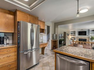 Photo 10: 23 SANDERLING Court NW in Calgary: Sandstone Valley Detached for sale : MLS®# A1035345