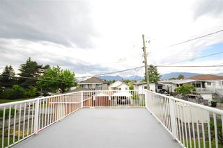 Photo 8: 2815 E 19TH Avenue in Vancouver: Renfrew Heights House for sale (Vancouver East)  : MLS®# R2507820