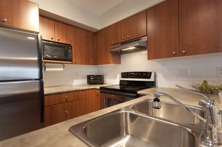 "Photo 10: 8 7503 18TH Street in Burnaby: Edmonds BE Townhouse for sale in ""SOUTHBOROUGH"" (Burnaby East)  : MLS®# V795972"