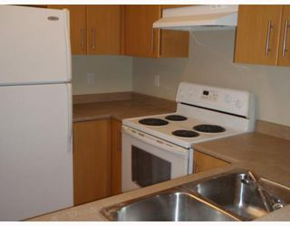 """Photo 3: # 111 3660 VANNESS AV in Vancouver: Collingwood VE Condo for sale in """"THE CIRCA"""" (Vancouver East)  : MLS®# V799588"""