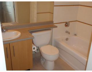 """Photo 7: # 111 3660 VANNESS AV in Vancouver: Collingwood VE Condo for sale in """"THE CIRCA"""" (Vancouver East)  : MLS®# V799588"""
