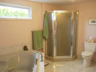 Photo 6: 945 TILLAR ROAD in Naramata: Residential Detached for sale : MLS®# 130708