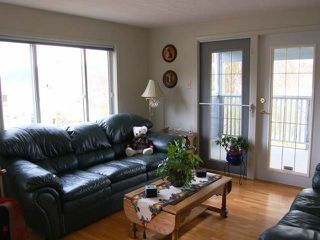 Photo 4: 945 TILLAR ROAD in Naramata: Residential Detached for sale : MLS®# 130708