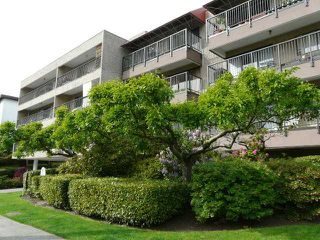 "Photo 7: # 308 330 E 1ST ST in North Vancouver: Lower Lonsdale Condo for sale in ""PORTREE HOUSE"" : MLS®# V912348"