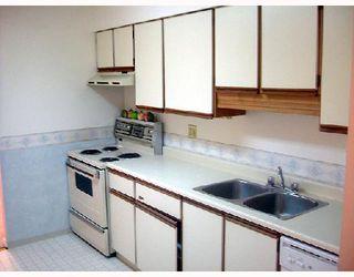 "Photo 4: 113 8760 BLUNDELL Road in Richmond: Garden City Condo for sale in ""BLUNDELL GARDENS"" : MLS®# V672293"