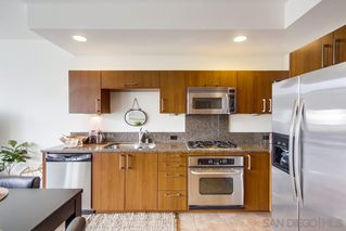 Photo 8: DOWNTOWN Condo for sale : 1 bedrooms : 800 The Mark Ln #1007 in San Diego