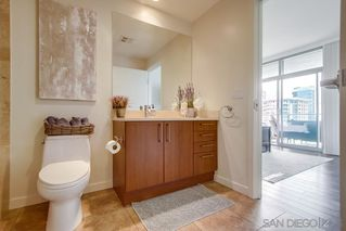 Photo 11: DOWNTOWN Condo for sale : 1 bedrooms : 800 The Mark Ln #1007 in San Diego