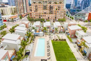 Photo 18: DOWNTOWN Condo for sale : 1 bedrooms : 800 The Mark Ln #1007 in San Diego