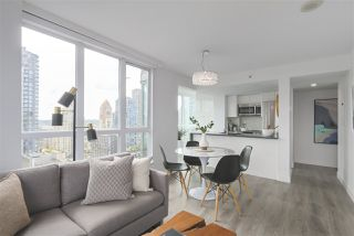 Photo 5: 1607 1188 HOWE STREET in Vancouver: Downtown VW Condo for sale (Vancouver West)  : MLS®# R2403400
