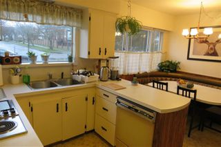 Photo 3: 6295 DOMAN Street in Vancouver: Killarney VE House for sale (Vancouver East)  : MLS®# R2418900
