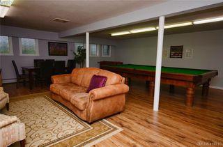Photo 30: 215 1680 Poplar Ave in VICTORIA: SE Mt Tolmie Condo for sale (Saanich East)  : MLS®# 830693