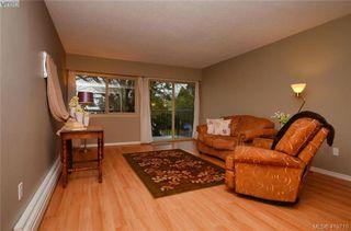 Photo 17: 215 1680 Poplar Ave in VICTORIA: SE Mt Tolmie Condo for sale (Saanich East)  : MLS®# 830693