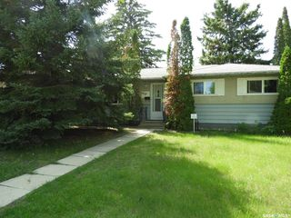 Photo 1: 1215 K Avenue North in Saskatoon: Hudson Bay Park Residential for sale : MLS®# SK796384