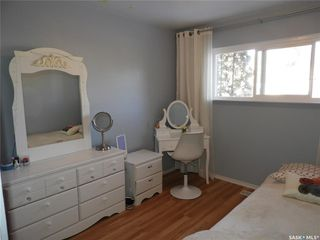 Photo 13: 1215 K Avenue North in Saskatoon: Hudson Bay Park Residential for sale : MLS®# SK796384