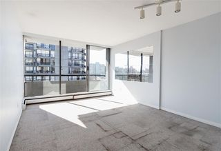 """Photo 4: 808 1720 BARCLAY Street in Vancouver: West End VW Condo for sale in """"LANCASTER GATE"""" (Vancouver West)  : MLS®# R2472374"""