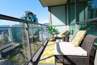 Photo 16: 2302 1328 W PENDER Street in Vancouver: Coal Harbour Condo for sale (Vancouver West)  : MLS®# R2478899