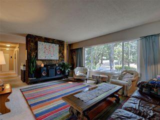 Photo 3: 4294 Torquay Dr in : SE Gordon Head House for sale (Saanich East)  : MLS®# 855333