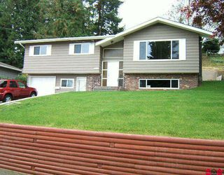 Photo 1: 32594 ROSSLAND Place in Abbotsford: Abbotsford West House for sale : MLS®# F2923776