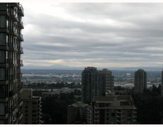 Photo 2: # 2402 7178 COLLIER ST in Burnaby: Condo for sale : MLS®# V785475