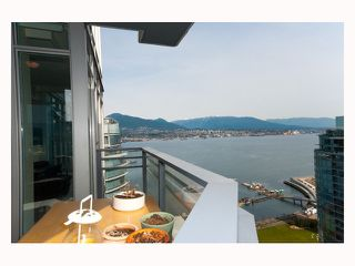 "Photo 1: 2804 - 1205 W. Hastings Street in Vancouver: Coal Harbour Condo for sale in ""CIELO"" (Vancouver West)  : MLS®# V817933"