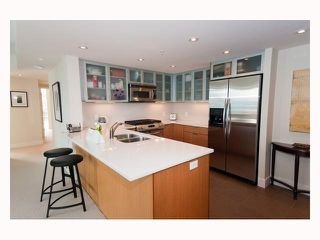 "Photo 4: 2804 - 1205 W. Hastings Street in Vancouver: Coal Harbour Condo for sale in ""CIELO"" (Vancouver West)  : MLS®# V817933"