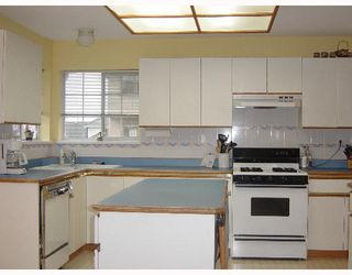 "Photo 5: 3330 ABBEY Lane in Coquitlam: Park Ridge Estates House for sale in ""PARK RIDGE ESTATES"" : MLS®# V644416"