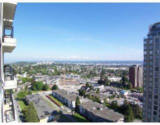 "Photo 10: 2401 7178 COLLIER Street in Burnaby: Middlegate BS Condo for sale in ""ARCADIA"" (Burnaby South)  : MLS®# V648420"