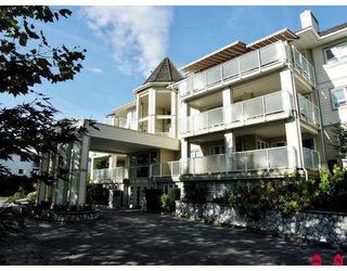 "Main Photo: 107 20125 55A Avenue in Langley: Langley City Condo for sale in ""Blackberry"" : MLS®# F2729894"