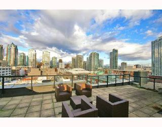 "Photo 9: PH4 1155 MAINLAND Street in Vancouver: Downtown VW Condo for sale in ""THE DEL PRADO"" (Vancouver West)  : MLS®# V683441"