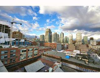 "Photo 10: PH4 1155 MAINLAND Street in Vancouver: Downtown VW Condo for sale in ""THE DEL PRADO"" (Vancouver West)  : MLS®# V683441"