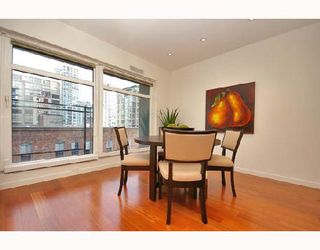 "Photo 4: PH4 1155 MAINLAND Street in Vancouver: Downtown VW Condo for sale in ""THE DEL PRADO"" (Vancouver West)  : MLS®# V683441"