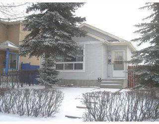 Photo 1: 95 ERIN WOODS Boulevard SE in CALGARY: Erinwoods Residential Detached Single Family for sale (Calgary)  : MLS®# C3303361